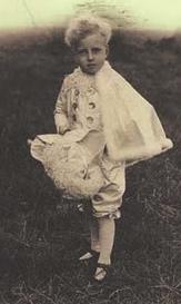 Il piccolo Austerlitz in una foto d'epoca