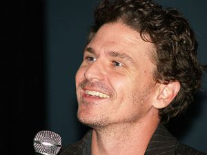 Dave Eggers, (Wikimedia Commons)