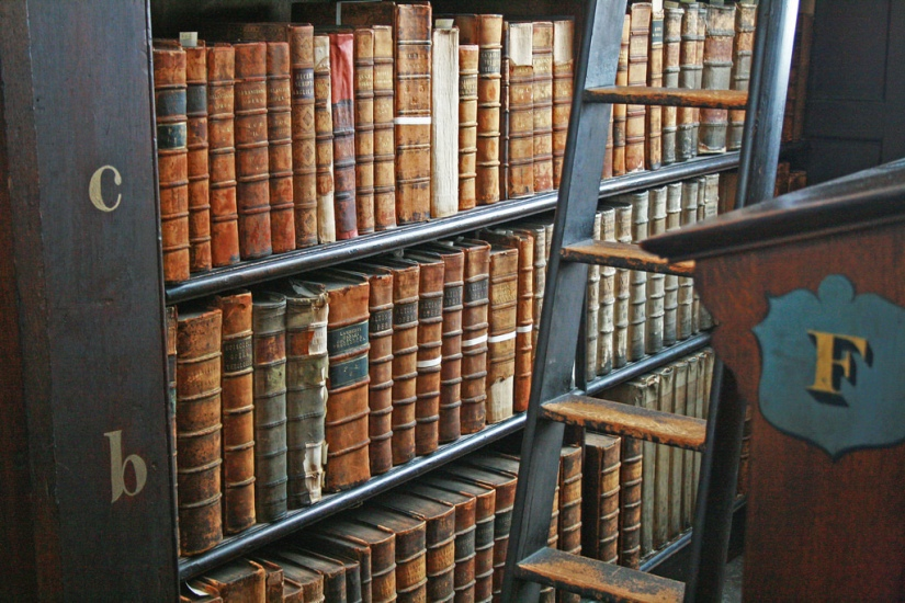 Trinity College, Old Library, luiginter on Flickr; creative commons
