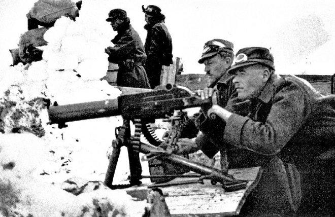 Soldati austriaci sulle Alpi (Wikimedia Commons)