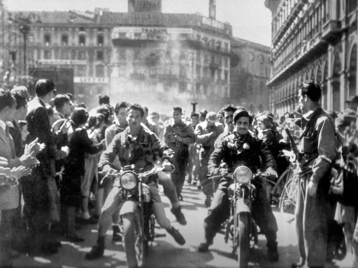 Partigiani a Milano, 25 aprile 1945